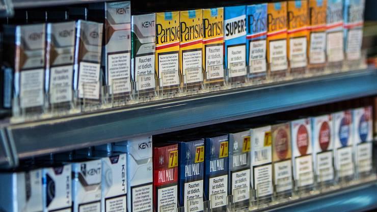 Der Dieb stahl die Zigaretten in drei Fricktaler Kiosken. (Symbolbild)