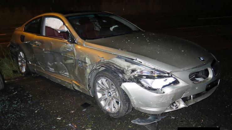 Der Autofahrer blieb beim Selbstunfall unverletzt.