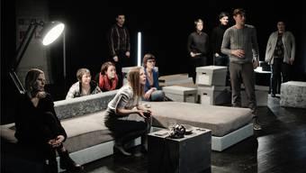 Die Zuschauer sind bei Machina Ex Spieler, die die Handlung beeinflussen.