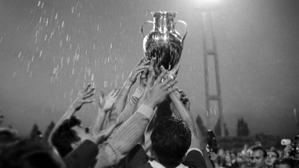 Am Ende jubelte nämlich der Aussenseiter Benfica Lissabon