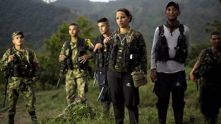 FARC-Gruppe Anfang Januar in einem Camp-Versteck im Nordwesten Kolumbiens