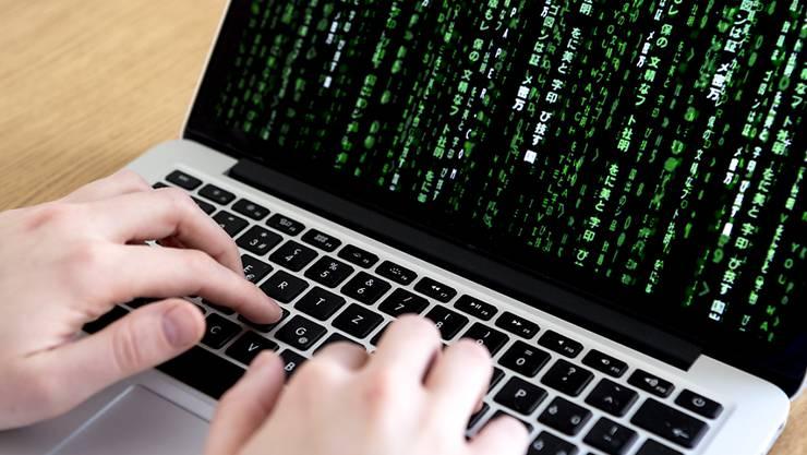 Die Schweiz ist von der jüngsten Cyber-Attacke kaum betroffen. (Symbolbild)