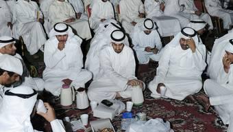 Erneut gingen in Kuwait Tausende auf die Strasse, um gegen die Regierung zu demonstrieren. (Archiv)