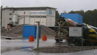 Das Kieswerk Lenzburg: Jetzt wird wieder über eine gemeinsame Zukunft mit dem Werk in Niederlenz diskutiert.