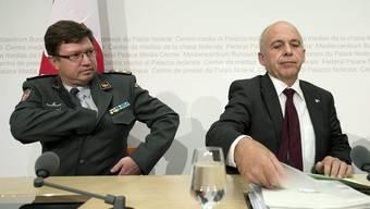 Aldo Schellenberg (l.) und Ueli Maurer