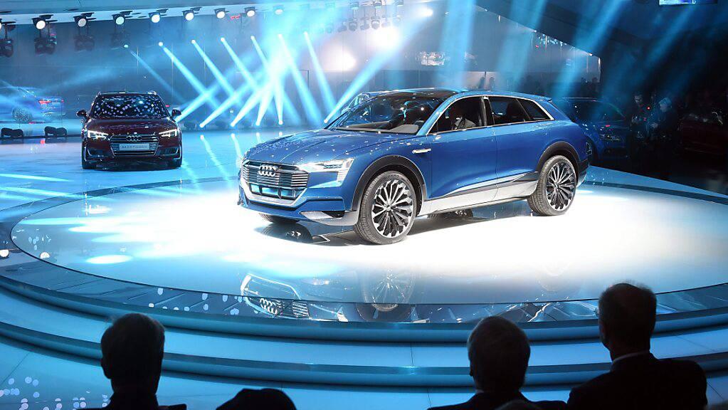 Stiehlt dem Tesla in der Schweiz die Show: der E-Tron von Audi. (Archivbild)