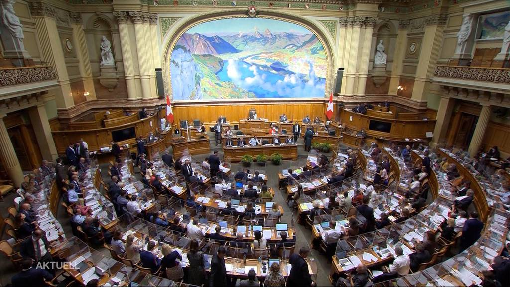 Covid-Gesetz: Nationalrat weist den Bundesrat in die Schranken