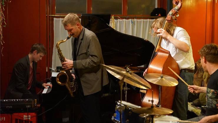 Das Quartett «Philm» aus Berlin im Badener «Isebähnli».Peter Hunziker