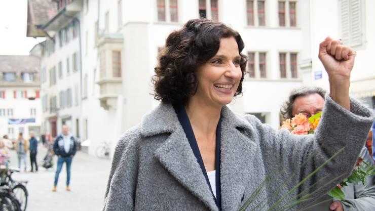Gabriela Suter bei ihrer Ankunft in der Altstadt.