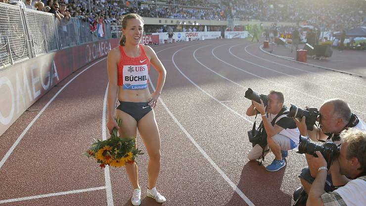 Selina Büchel lässt sich in Lausanne feiern
