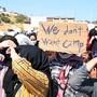 Die Aufnahme von Migranten im neuen Zeltlager Kara Tepe kommt nur mühsam voran.