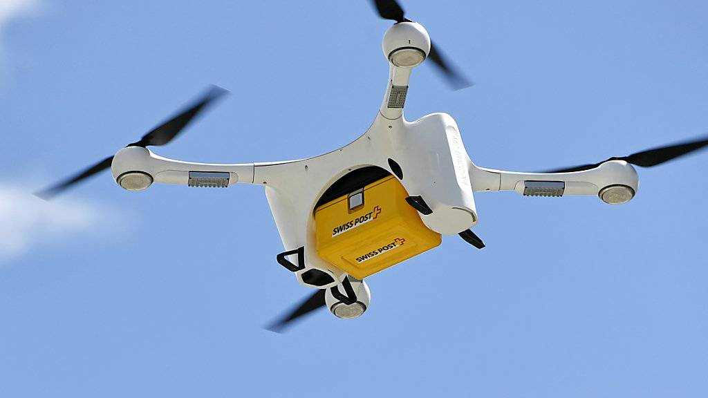 Sorgenkind Post-Drohne: der Konzern will die Sicherheit der Fluggeräte nach zwei Abstürzen mit der Einsetzung eines Expertenrats sowie verschiedenen technischen Sofortmassnahmen erhöhen. (Archivbild)