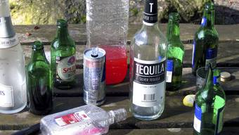Die Vandalen liessen leere Flaschen und anderen Abfall liegen