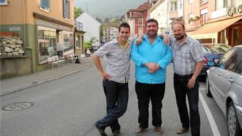 Diese drei unternehmungslustigen Prinzen wollen die Centralstrasse wieder wachküssen: (v.l.) Kilian Messerli, Cosimo Antonio Greco und Musiker Roland «Orlando» Chopard.