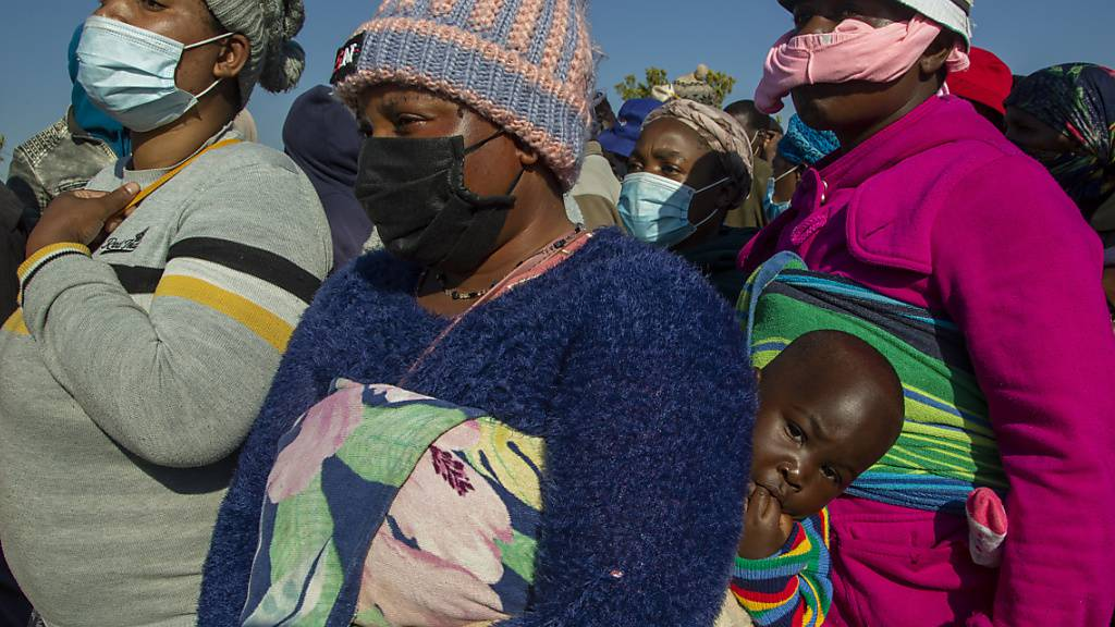 Gerade für Entwicklungsländer könnten Intervalle von Lockerung und Lockdown im Kampf gegen die Folgen des Coronavirus hilfreich sein.