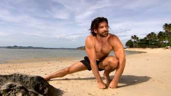 Der «Bachelor» Tobias Rentsch am Strand.