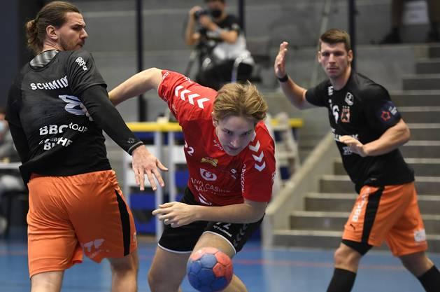 TVE-Nachwuchsspieler Leandro Lüthi bei seinem NLA-Debüt gegen die Kadetten.