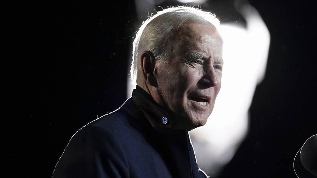 Biden streicht Investitionspaket auf 1,75 Billionen Dollar zusammen