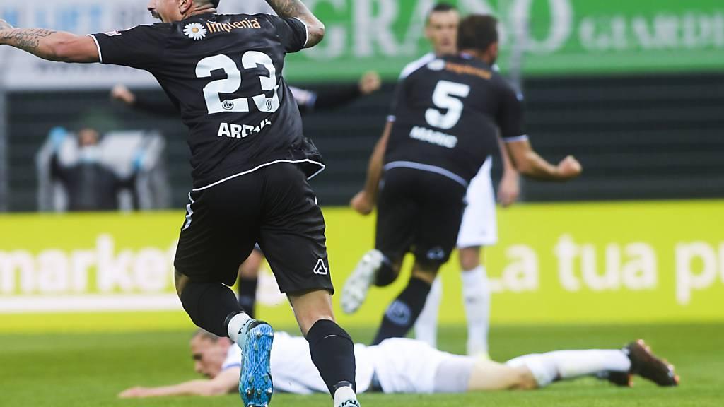 Mijat Maric (Nummer 5) erzielte das Siegestor für Lugano gegen Aufsteiger Lausanne-Sport