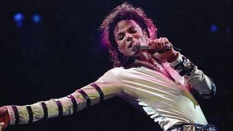 Michael Jackson hat ständig Schutzmasken getragen. (Archivbild)