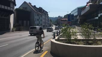 Hier führte bis 2015 der Velotunnel vom Schlossberg zur Hochbrücke, jetzt fahren bald Busse durch den Bustunnel zur Linde: Für Velofahrer kann es gefährlich werden.