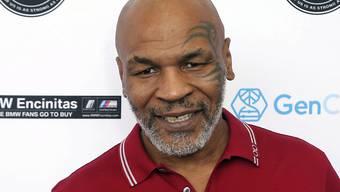 Der 54-jährige Mike Tyson boxte in Los Angeles in einem Showkampf gegen den drei Jahre jüngeren Roy Jones Junior