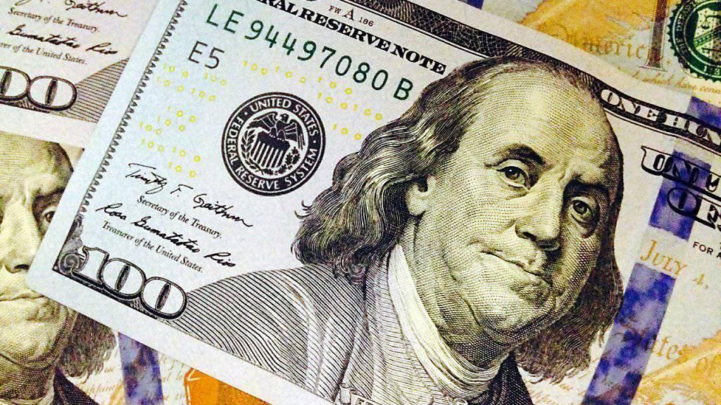 Benjamin Franklin auf einer echten 100-Dollar-Note