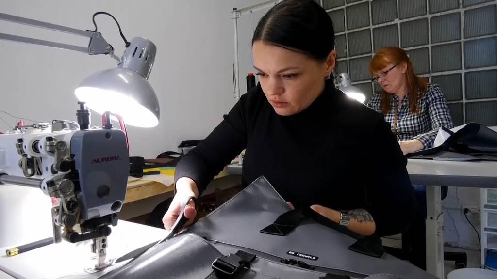 Aus mit der Wegwerfkultur: Russisches Unternehmen stellt Upcycling-Produkte her