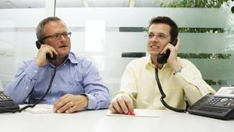 Am Telefon: Chefredaktor Christian Dorer (r.) und Stellvertreter Werner De Schepper nahmen am Samstag Stellung. (Susi Bodmer)