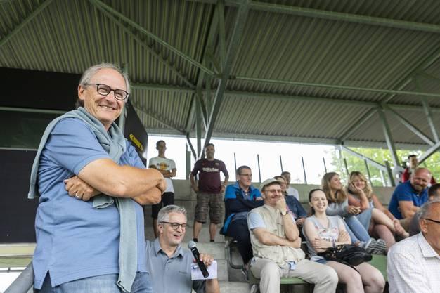 """Heinz Gassmann, Vizepräsident Team Aargau sowie Vertreter des FC Baden bei der Diskussion zum Thema """"Team Aargau"""", am 28. Juli 2018 im Stadion Esp, Fislisbach."""