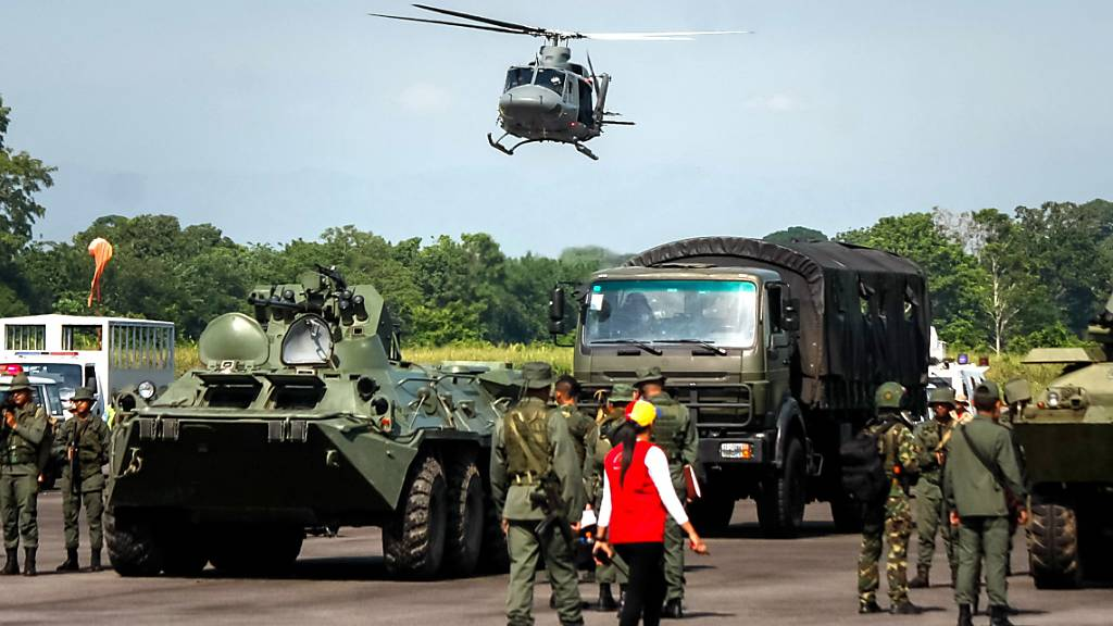 Venezuela beginnt Militärmanöver an der Grenze zu Kolumbien