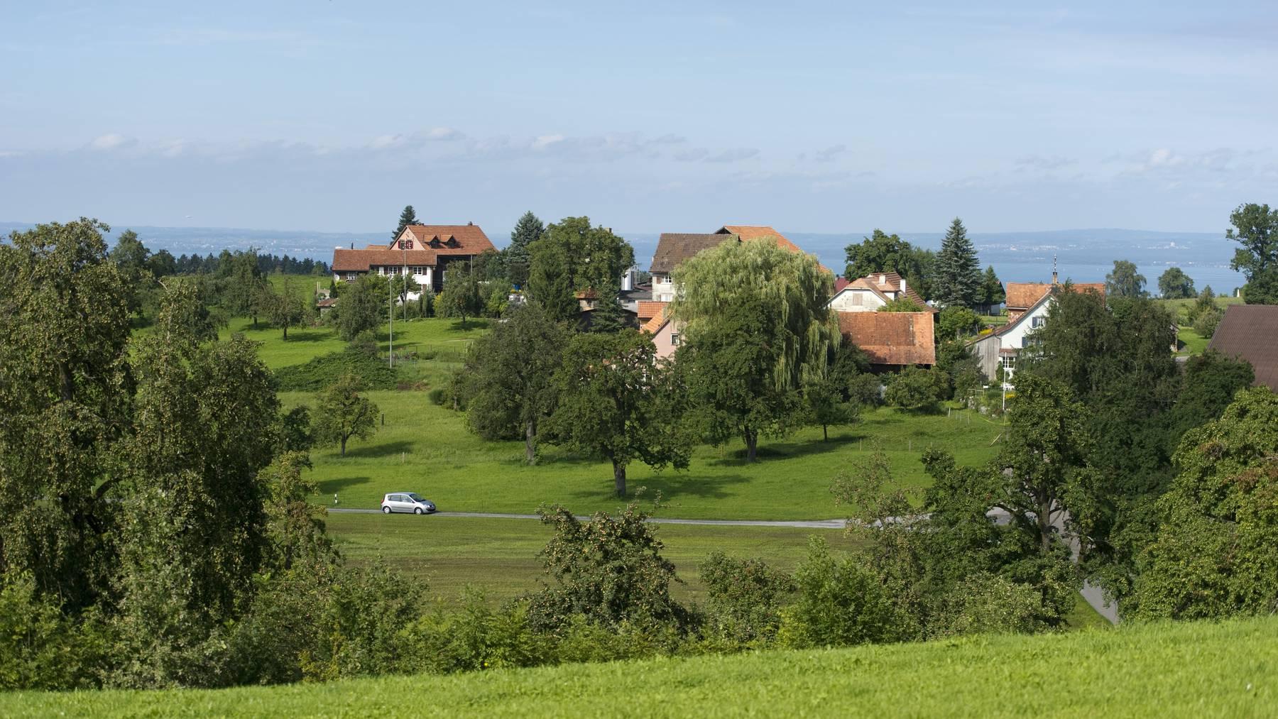 Die Weiler im Kanton Thurgau sollen umgezont werden, wenn es nach Bund und Kanton gehen soll. (Bild: Tagblatt)