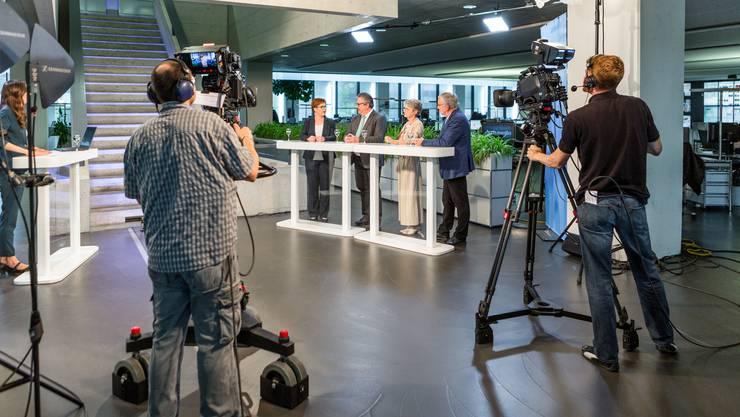 Aufzeichnung «Talk Täglich spezial» mit den Aargauer Ständerats-Kandidierenden der kleineren Parteien: Um einen der beiden frei werdenden Ständerats-Sitzen kandidieren am 20. Oktober 2019 (v.l.) Ruth Müri (Grüne), Beat Flach (GLP), Maya Bally (BDP) und Roland Frauchiger (EVP).