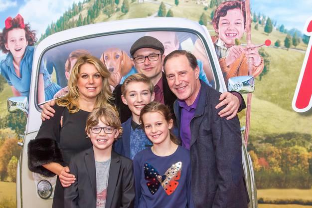"""Die """"Familie Moll"""" mit Regisseur Manuel Flurin Hendry"""