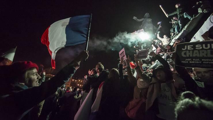 Menschenmassen am vergangenen Sonntag in Paris.