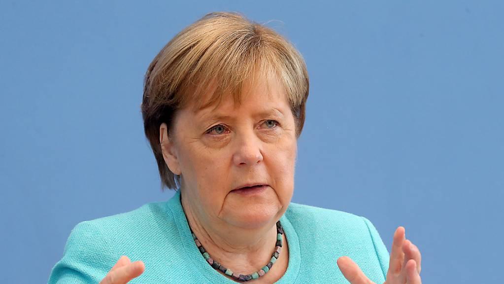 Bundeskanzlerin Angela Merkel stellt in der Bundespressekonferenz den Fragen der Journalisten.
