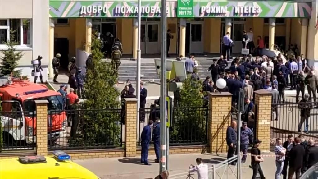 Mehrere Schüler bei Schiesserei in Schule getötet