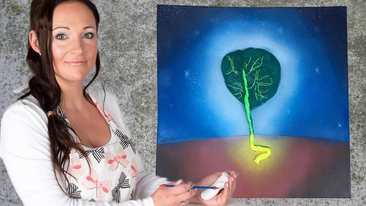 Als Baum des Lebens: So stellt Melanie Meyer den Plazenta-Gipsabdruck zur Schau.