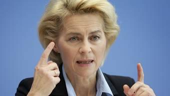Deutsdchlands Verteidigungsministerin Ursula von der Leyen (Archiv)