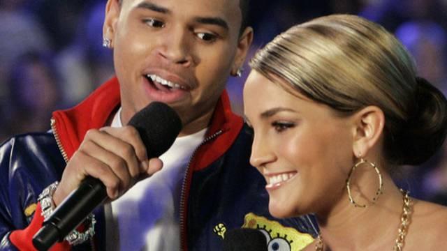 Auch die kleine Schwester ist musikalisch: Jamie Lynn Spears mit Chris Brown (Archiv)