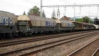 Ein Güterzug, in Mägenwil erwarten sie mehr Lärm