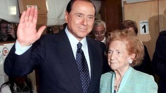 Silvio mit Mamma Rosa im Jahr 2006