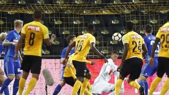 In diesem Gewühl brachte Roger Assalé die Young Boys 1:0 in Führung