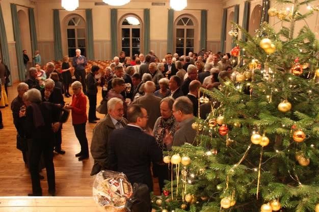Beim Apéo erhielten die Gäste die Gelegenheit sich auszutauschen
