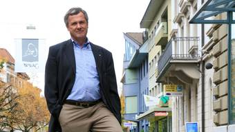 FDP-Präsident Rudolf Lanz überlässt seinen Sitz in der Fiko der SP/Grünen-Fraktion.