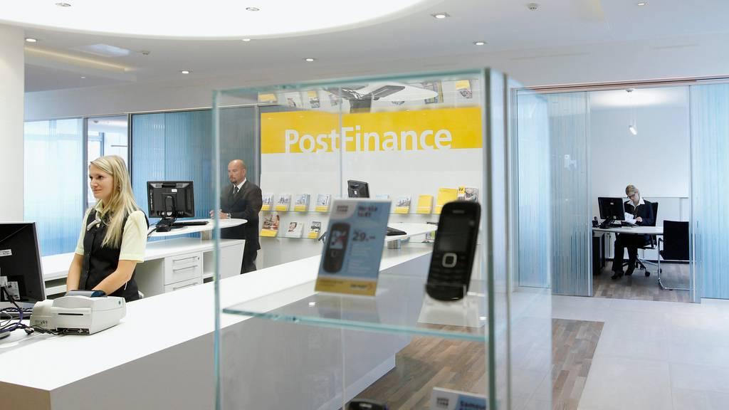 Angestellte der PostFinance müssen nicht mehr immer erreichbar sein