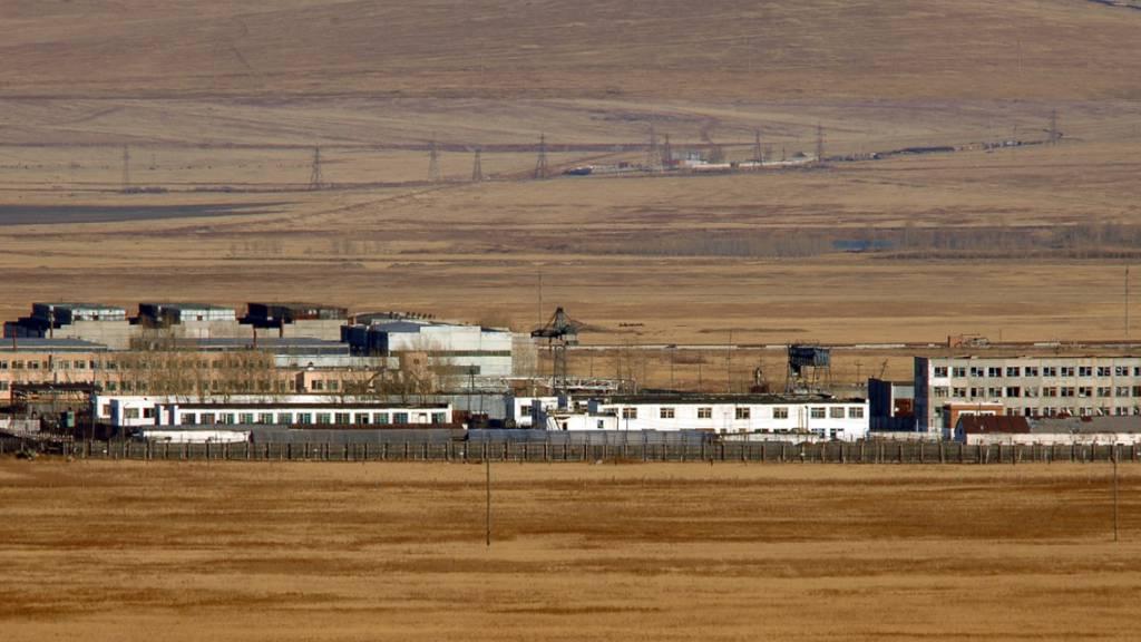 Russische Medien veröffentlichen weitere Folter-Videos aus Straflager