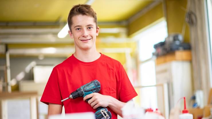 Chris Berger startete diese Woche seine Lehre als Schreiner in Grenchen.