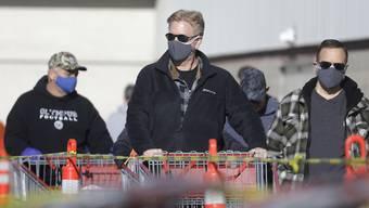 Einkaufen mit Schutzmaske in Salt Lake City.