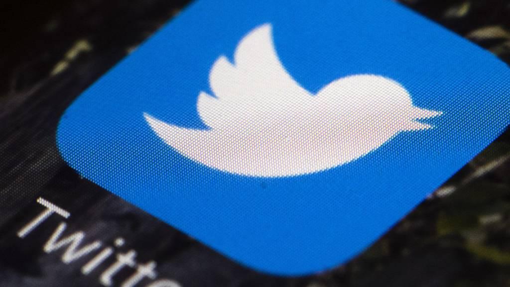 Twitter entwickelt seine Plattform mit von alleine verschwindenden Tweets weiter. Die neuen «Fleets» löschen sich automatisch nach 24 Stunden. (Archivbild)